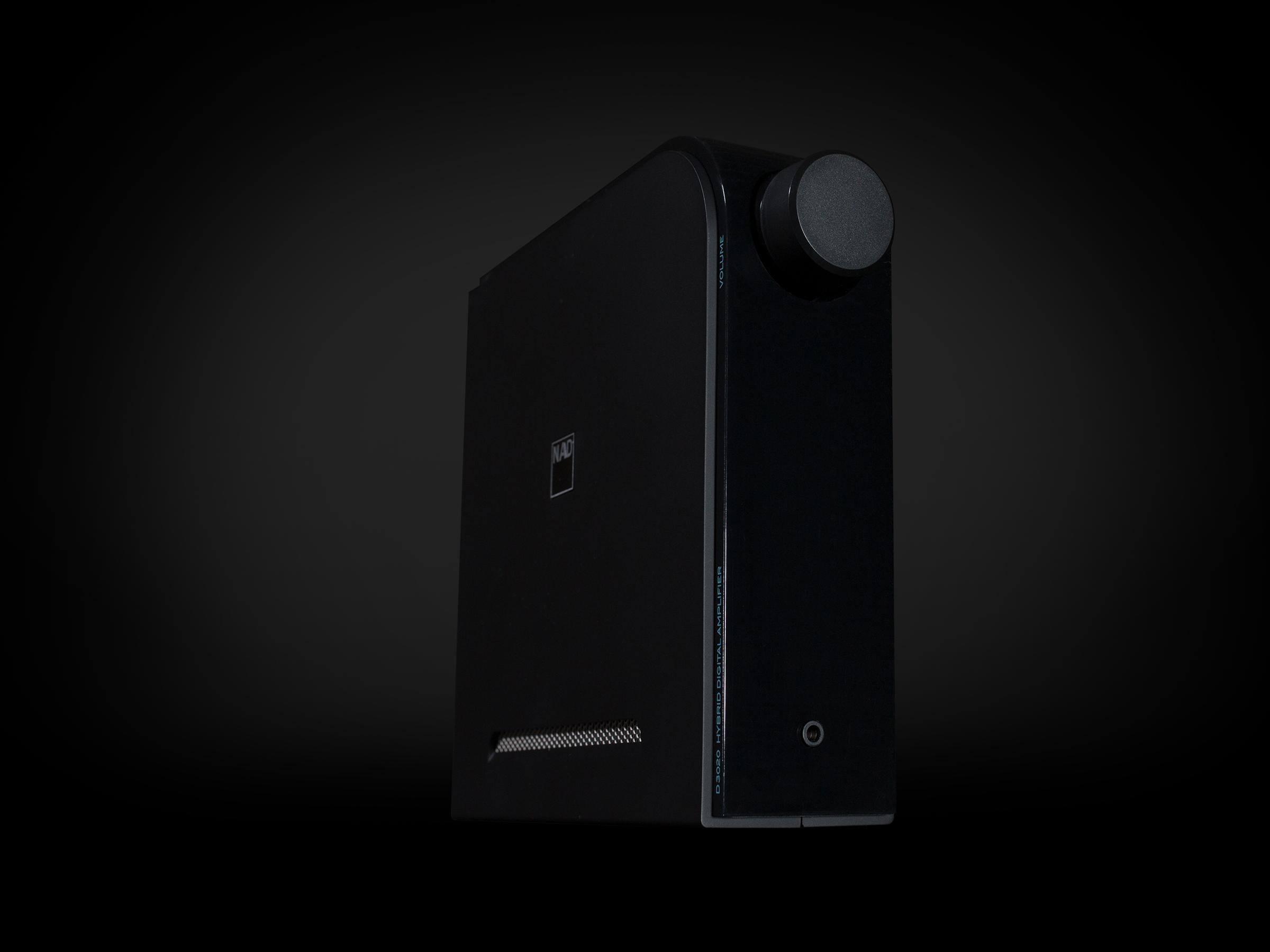NAD-D3020-3-4-Black-on-Black.jpg